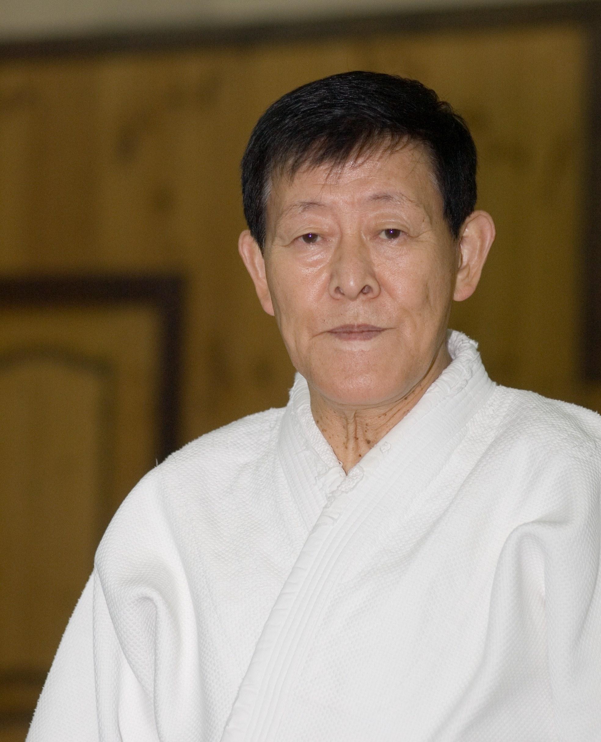 Kyoichi_Inoue_Hanshi_9th_dan_Yoshinkan_aikido